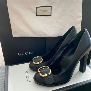 NWOT Gucci pumps size 4.5/5